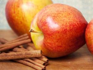 4-apple-cinnamon-TS-161936709