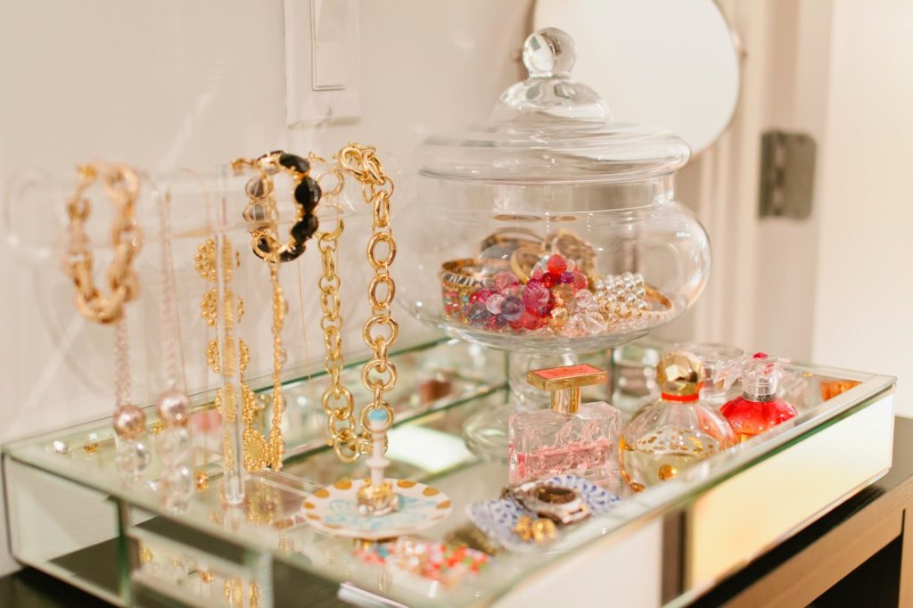 Lovely Jewelry Displays Summer Adams
