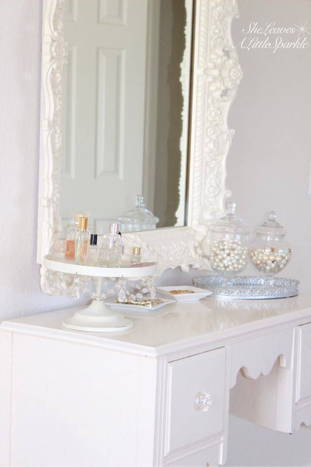 adding glam boudoir blog hop bedroom home decor she leaves a little sparkle vintage vanity
