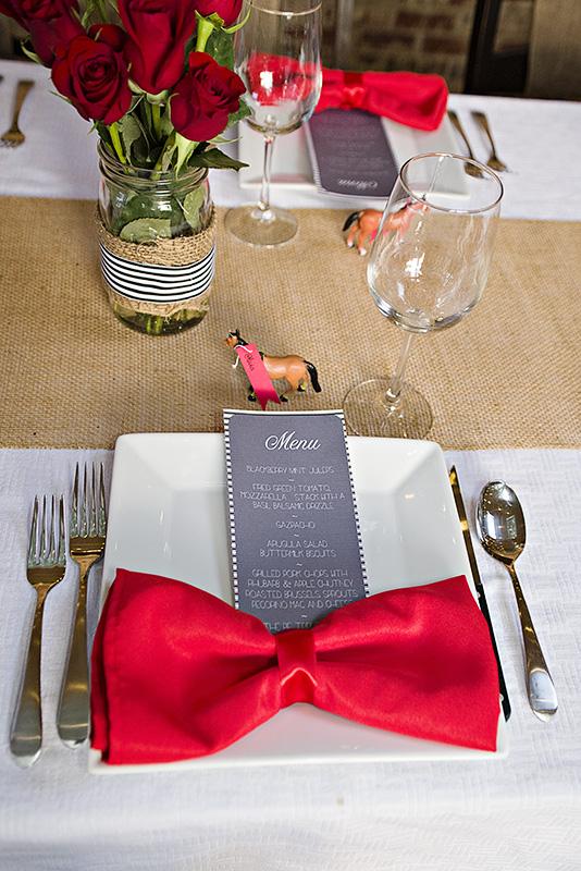 bow napkins to impress