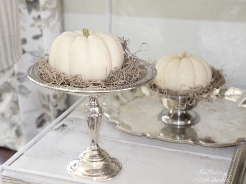the prettiest ways to style pumpkins for the fall, white pumpkins spanish moss, antique silver