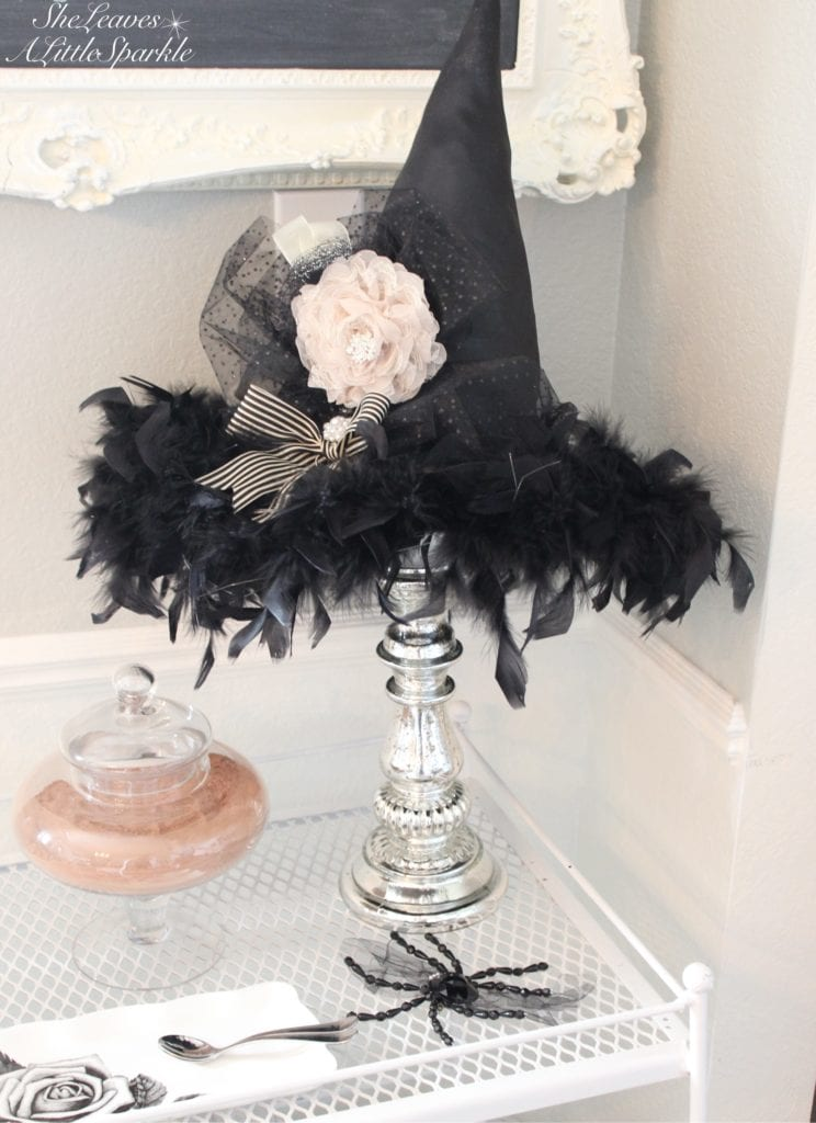 spooky glam halloween table black white gold chic halloween