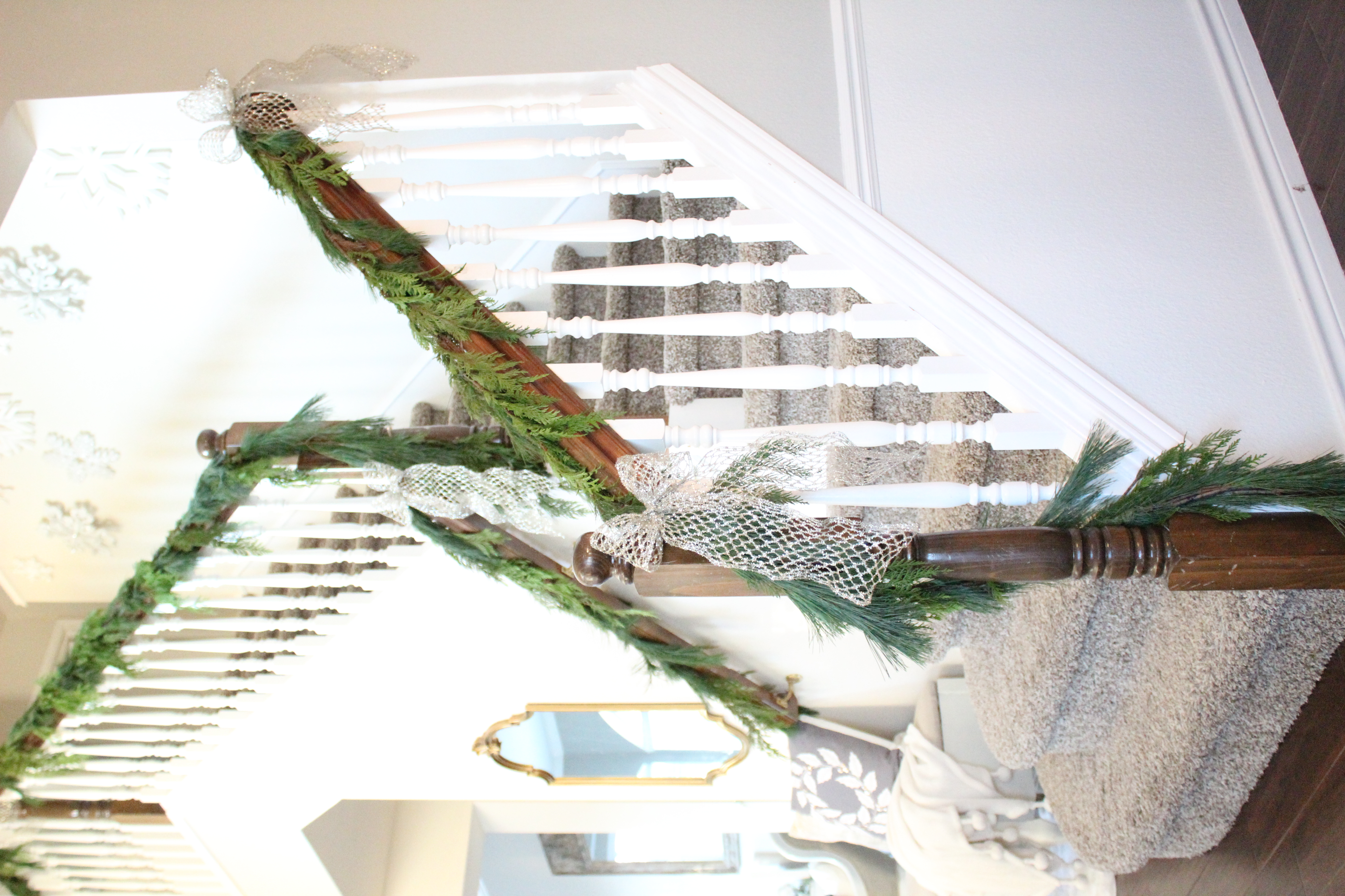 how to hang up garland
