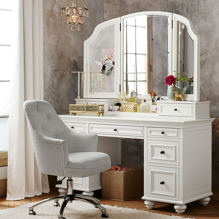 Prettiest Vanities Pottery Barn Chelsea Vanity O