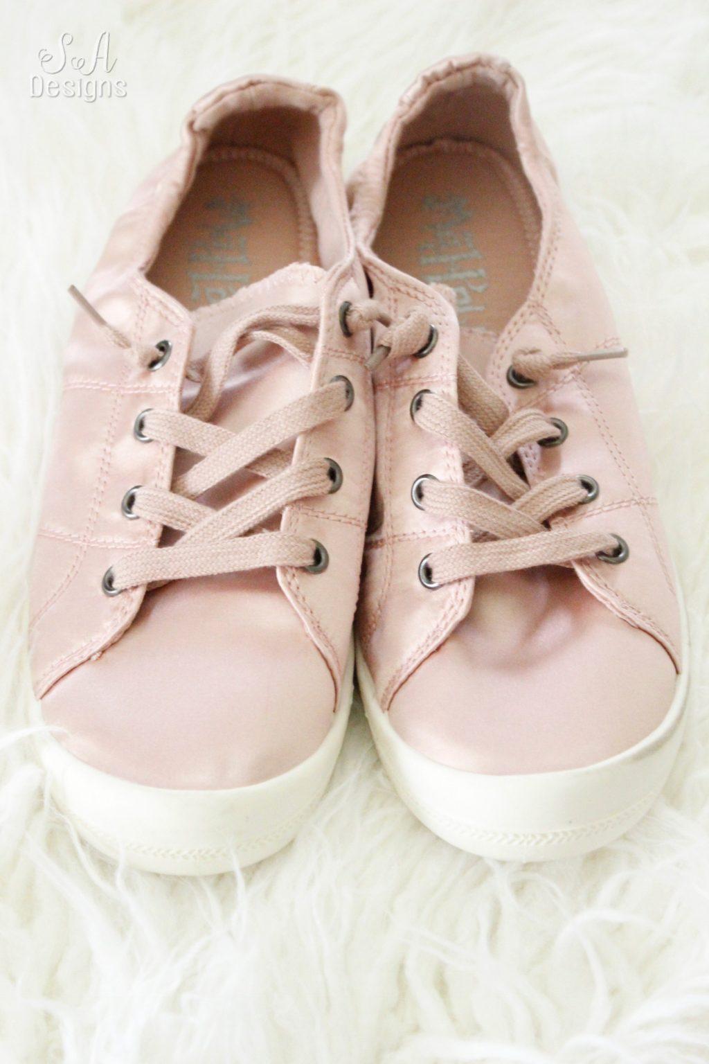02a7e351104c A Few Fabulous Shoe Finds For The Fall   Winter - Summer Adams