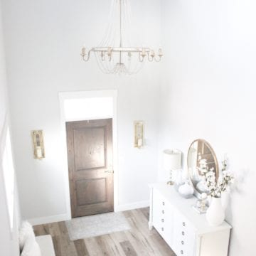 Bright White Entry – Coastal Glam Style