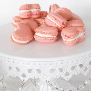 How To Make The Most Delicious Heart-Shaped Macarons