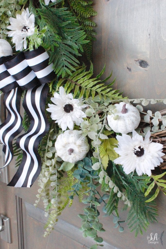 mini white pumpkins, diy pumpkin wreath, diy fall wreath, fall pumpkin wreath, fall wreath, white coastal nantucket planters, cape cod planters, white nantucket planters, front door ferns shade plants, white pumpkins, fall front porch, craftsman style home