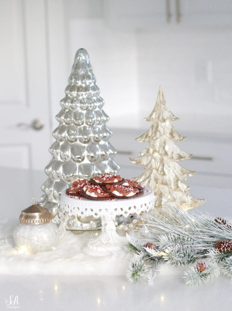 christmas cookie recipe, chocolate cookie marshmallows peppermint candy cane, cookie exchange party, chandelier cake stand, mercury glass christmas tree pottery barn, twinkle lights, faux fur table runner, white kitchen design
