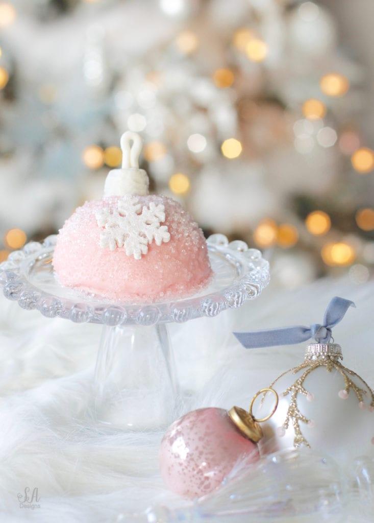 chocolate christmas cake recipe, keto chocolate cake recipe, low carb chocolate cake recipe, pink christmas dessert