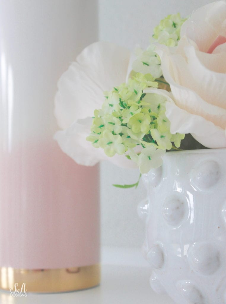 blush pink and green spring decor, elegant classy spring decor, the best faux floral, how to mix faux and fresh floral, studio mcgee hobnail pot, blush ombre vase gold base, white green blossoms