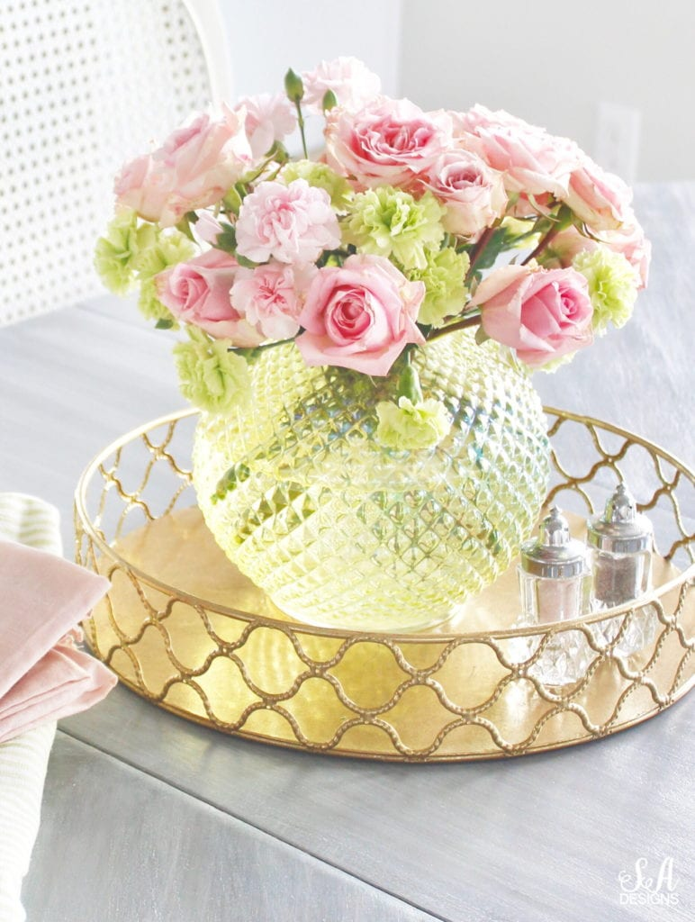 pink and green spring decor, vintage green vase with fresh flowers, round gold brass tray, crystal chandelier, french country style, romantic homes, elegant classy spring decor interiors, blogger spring home