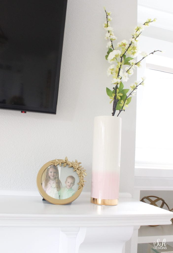 blush pink and green spring decor, elegant classy spring decor, the best faux floral, how to mix faux and fresh floral, studio mcgee hobnail pot, blush ombre vase gold base, white green blossoms, pottery barn monique lhullier frame