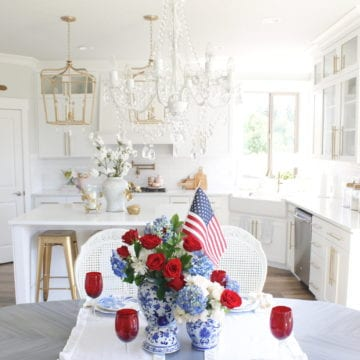 Elegant Fourth of July Tablescape With Ginger Jars