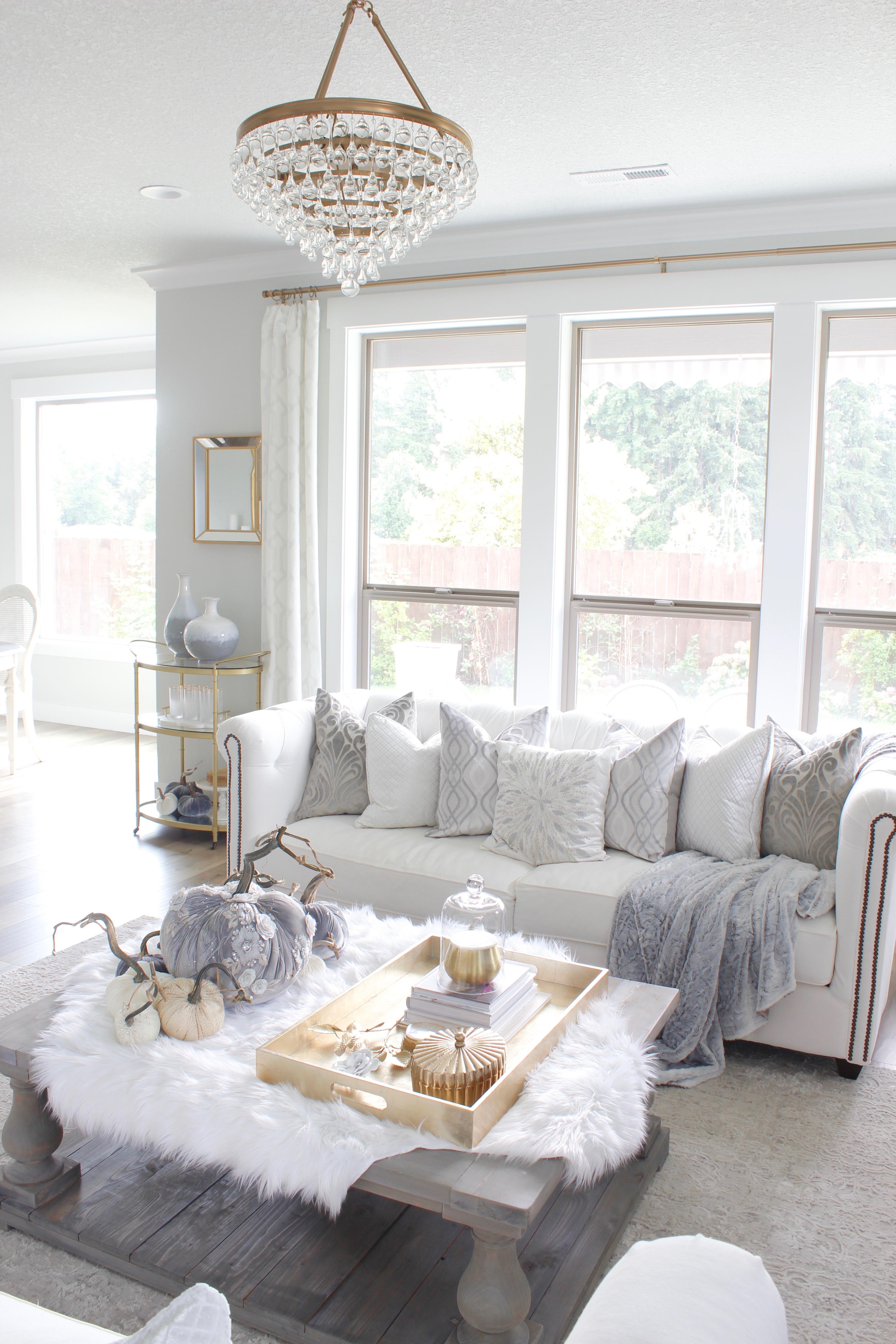 Elegant Living Room Decorating Ideas: Elegant Fall Mantel & Living Room In Gray & Gold