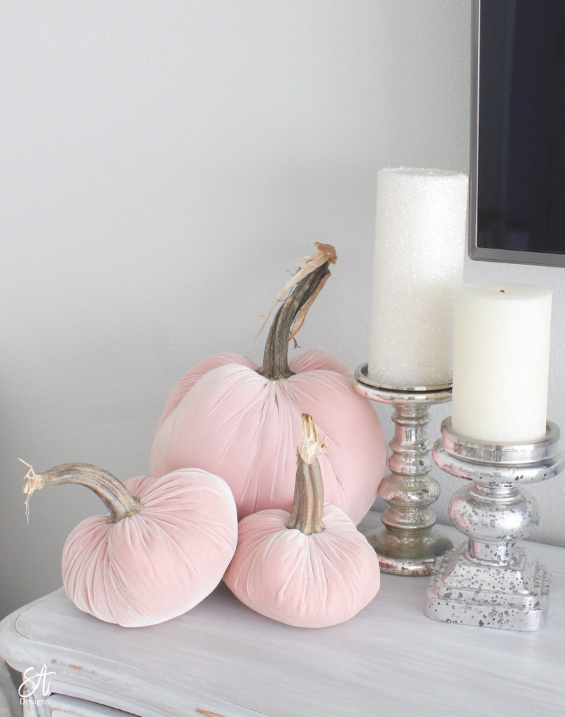 blush pink velvet pumpkins, elegant fall bedroom decor, hot skwash blush pink pumpkins, glam fall bedroom decor, French country bedroom fall decor, pink velvet bedding