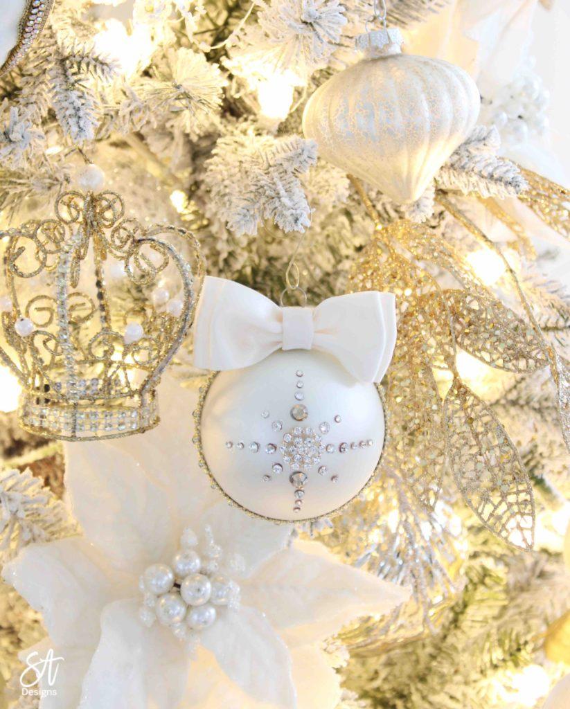 rhinestone bow diy ornament, girlie girly bow ornament, wedding ornament, Christmas rhinestones ornaments, Christmas decorations, glam Christmas decorations, elegant Christmas decor, classy Christmas decor, ivory bling ornaments, ivory ornate Christmas decor diy, ornament in gift box