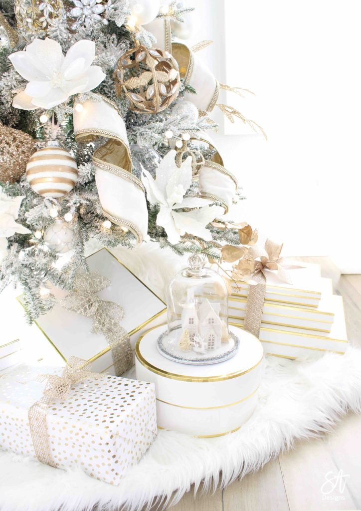 white and gold elegant glam Christmas decor