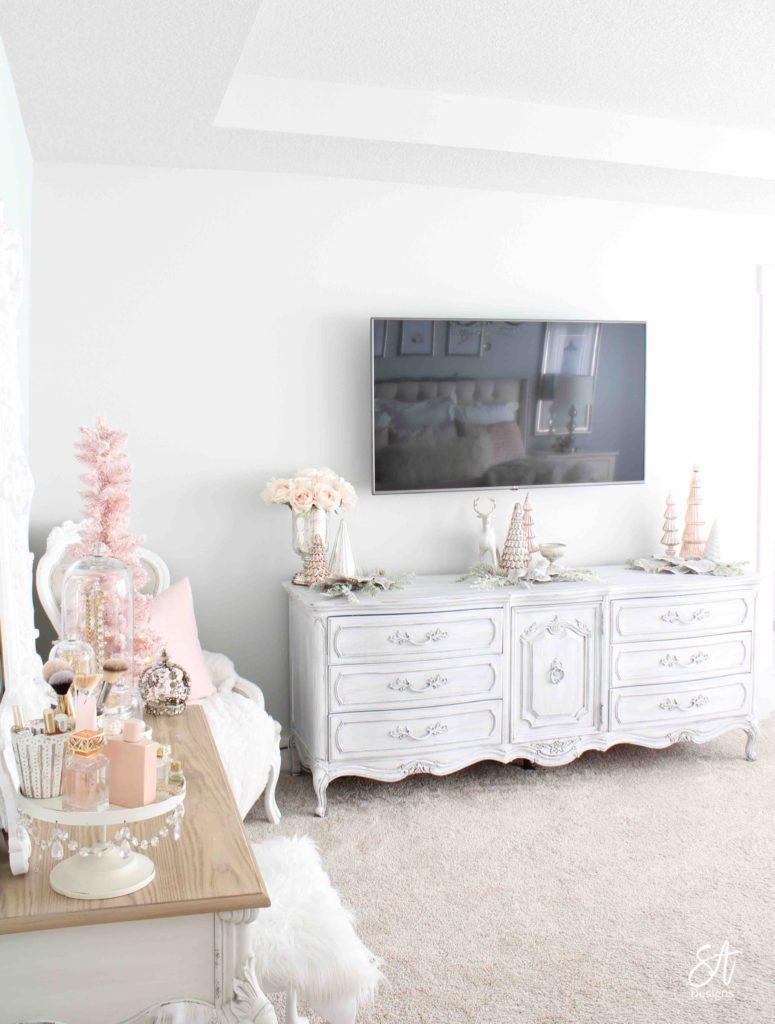 Blush Pink Christmas Master Bedroom - Summer Adams